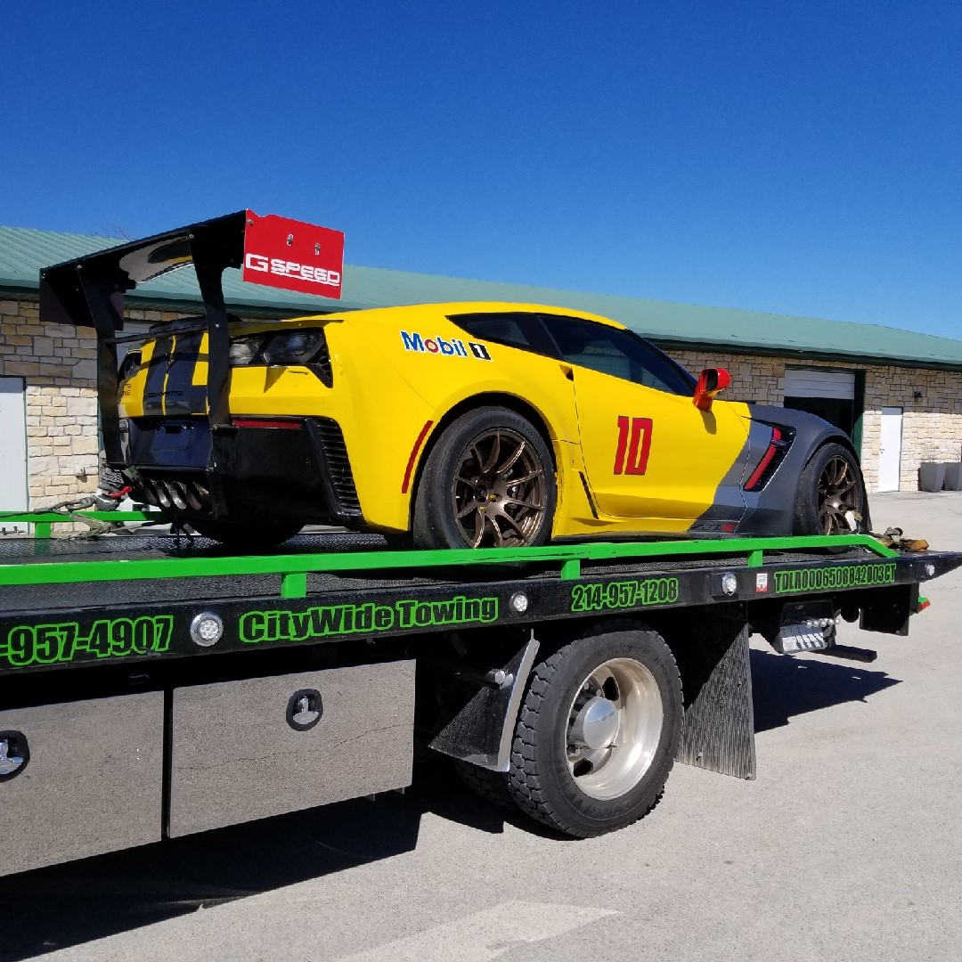Towing a Corvette Z06 Racecar to Madhouse Motors for more horsepower